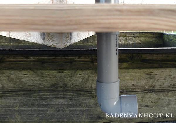 Afvoer houten buitenbad