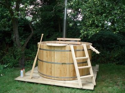 Kleine hottub van Larix hout