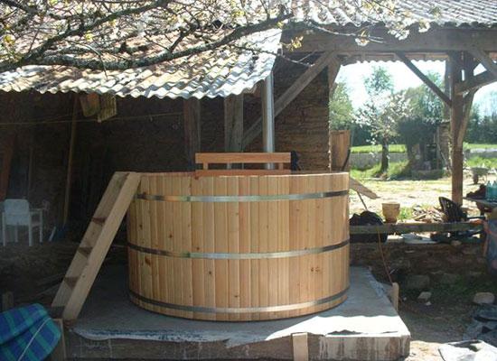 houten-hottub-in-de-tuin